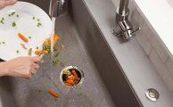 Ezek az egészségre káros ételek a mosogatónak sem jók